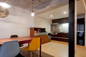 10年暮らした家をフルリノベ。今の自分たちが好きなデザインと住み心地を追求した家
