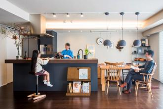 家族みんなが笑顔になれる、実用的で楽しく暮らせる工夫をたっぷり盛り込んだお部屋