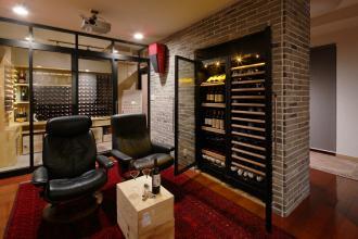 音楽とワインに寛ぐ貴賓室 地下に造る憩いの空間