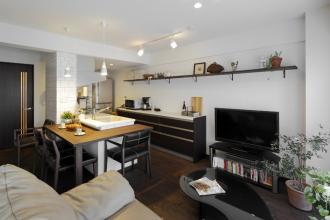 55平米マンションの子育てオープンキッチン