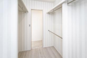家具をアクセントにデザインしやすいシンプルデザイン
