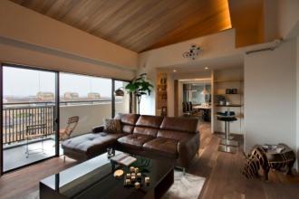 プライベートシアター付のリビングは最高の贅沢空間。
