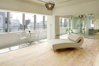 テラスのあるカフェのような住空間